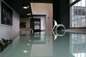 Immagine: Desk e ingresso